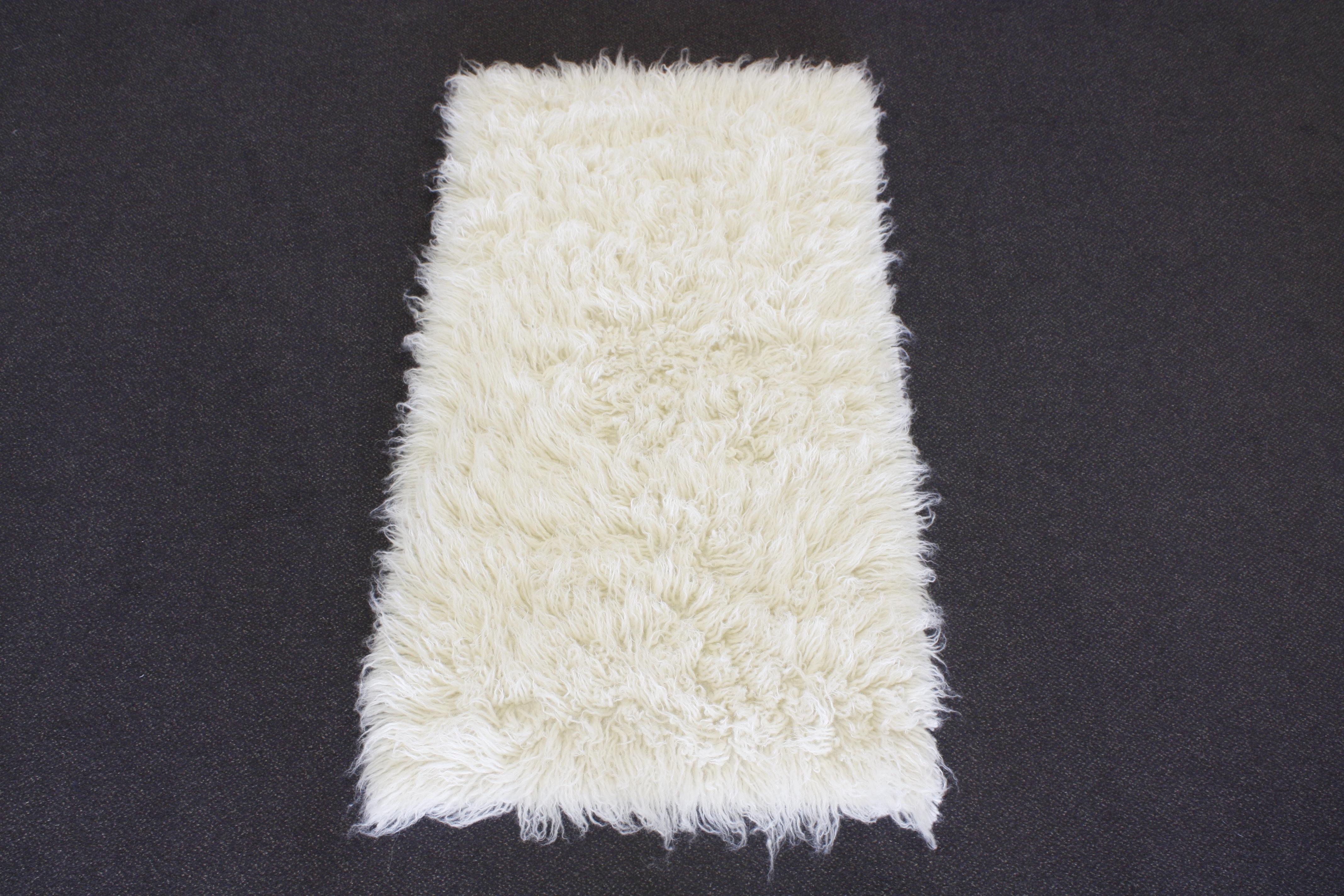 Flokati tappeto a pelo lungo 120x180cm natura 1500 g m m - Tappeto a pelo lungo ...