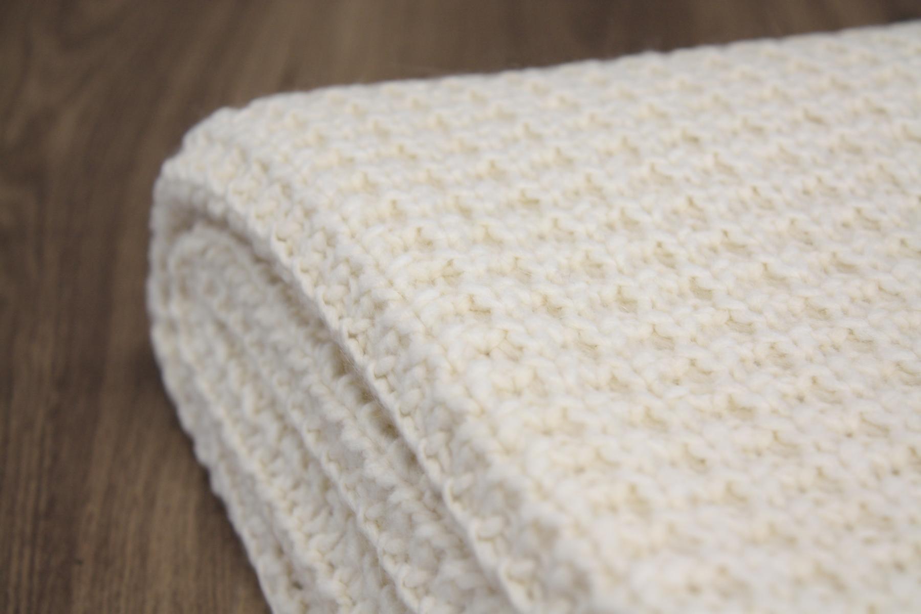 joop kuscheldecke wohndecke strickplaid knit natur 130x180cm 694003 ebay. Black Bedroom Furniture Sets. Home Design Ideas