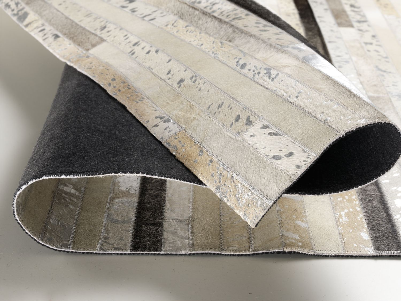 lederteppich fellteppich desginer teppich 140x200 cm silber ebay. Black Bedroom Furniture Sets. Home Design Ideas